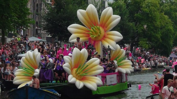 AMSTERDAM Gay  Pride 2014 et les Canal Parade