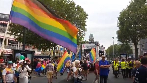 Die Demo Parade des CSB Berlin 2018 neue Route