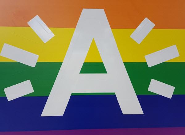 Mr Gay Belgium Pass The Message campagne tijdens de Antwerp Pride Games